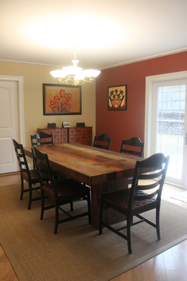 Accent Wall in Dining Room