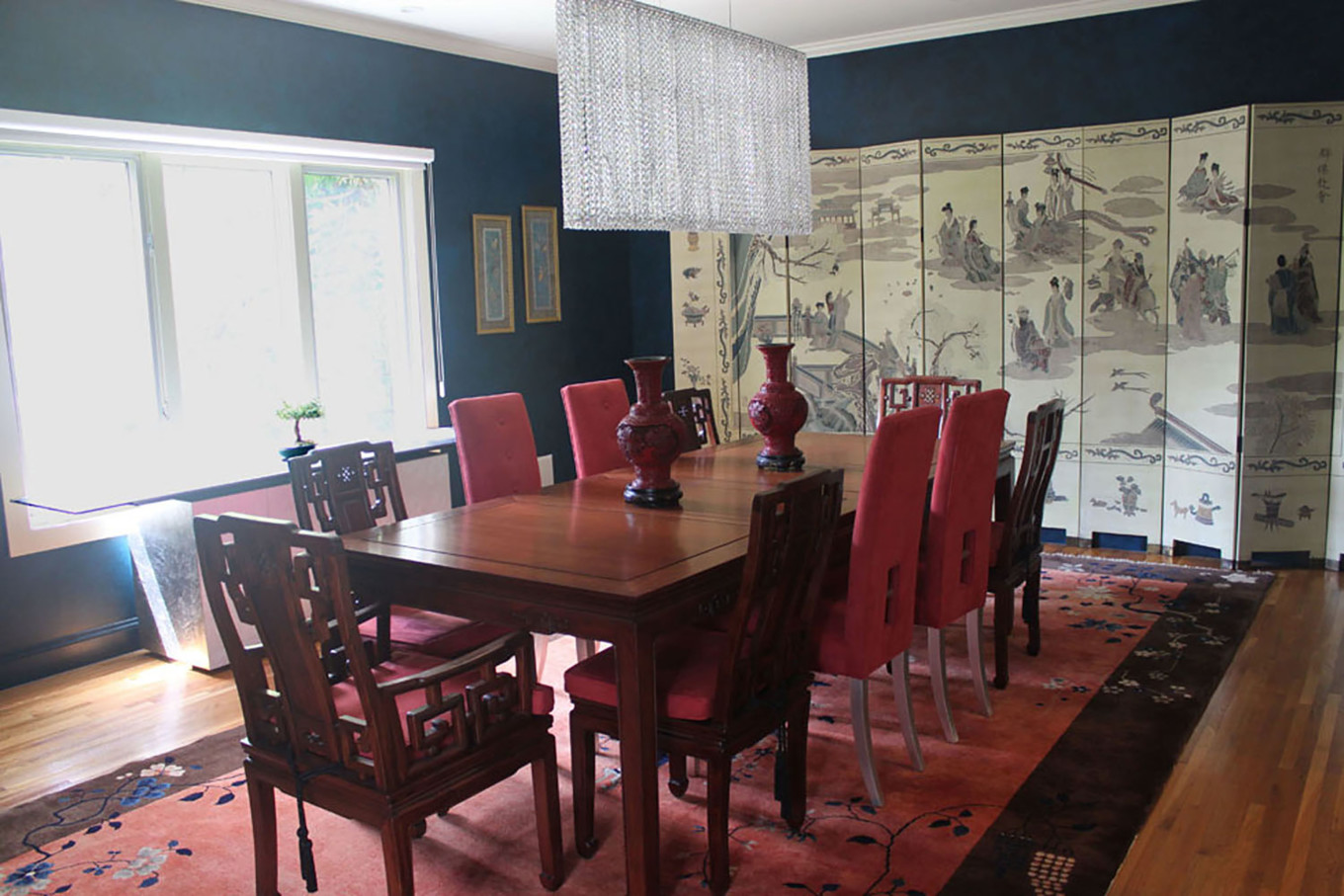 Dark Blue Walls in Dining Room