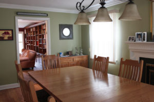 Green Walls in Dining Room