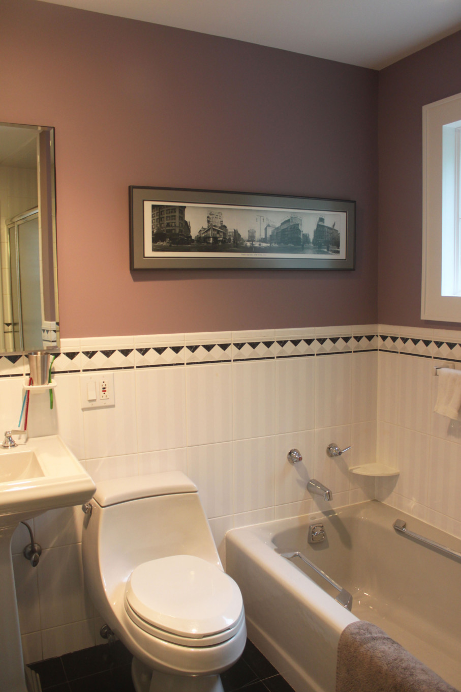 Mauve Color in Bathroom