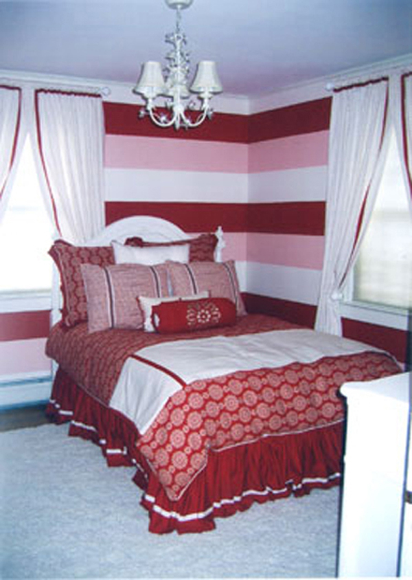Wide Horizontal Red Pink and White Stripes